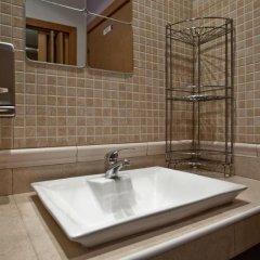 Отель Hostal Abel Victoriano Испания, Мадрид - 1 отзыв об отеле, цены и фото номеров - забронировать отель Hostal Abel Victoriano онлайн ванная фото 2