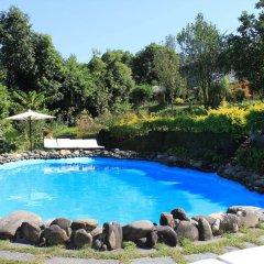 Отель The Begnas Lake Resort & Villas Непал, Лехнат - отзывы, цены и фото номеров - забронировать отель The Begnas Lake Resort & Villas онлайн бассейн фото 3