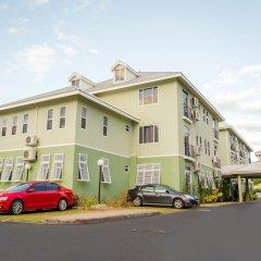 Апартаменты New Kingston Central Guest Apartment парковка