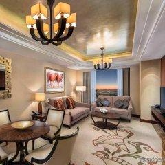 Отель Conrad Dubai ОАЭ, Дубай - 2 отзыва об отеле, цены и фото номеров - забронировать отель Conrad Dubai онлайн комната для гостей фото 5