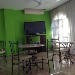 Отель Sea 'n Lake View Hotel Apartments Кипр, Ларнака - 1 отзыв об отеле, цены и фото номеров - забронировать отель Sea 'n Lake View Hotel Apartments онлайн комната для гостей фото 3