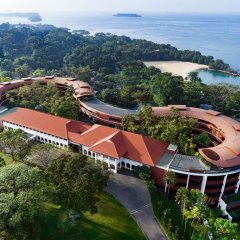 Отель Travelodge Harbourfront Singapore пляж