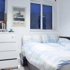 Апартаменты 4 Bedroom Apartment in Kilburn With Private Balcony комната для гостей фото 4