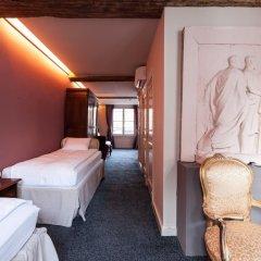 Отель Diamonds and Pearls Бельгия, Антверпен - отзывы, цены и фото номеров - забронировать отель Diamonds and Pearls онлайн спа