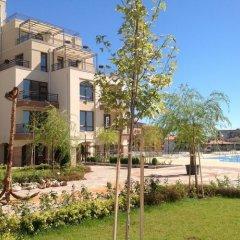 Отель Apartkomplex Sorrento Sole Mare Свети Влас приотельная территория фото 2
