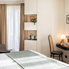 Отель Hôtel Champs Elysees Friedland сейф в номере