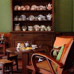 Отель Cafe de Laos Inn питание