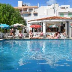 azuLine Hotel Llevant бассейн