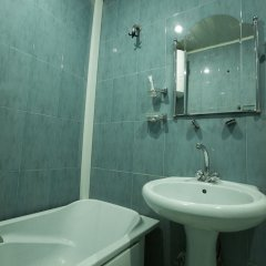 Отель Miami Suite Армения, Ереван - 1 отзыв об отеле, цены и фото номеров - забронировать отель Miami Suite онлайн ванная