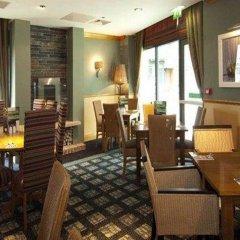 Отель Premier Inn Manchester - Cheadle питание