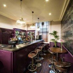 Отель Leonardo Edinburgh City Эдинбург гостиничный бар