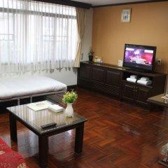 Отель Yellow Ribbon Hills, Boutique Suites комната для гостей фото 5
