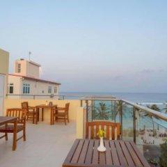 Отель The Avenue and Spa Мальдивы, Мале - отзывы, цены и фото номеров - забронировать отель The Avenue and Spa онлайн балкон
