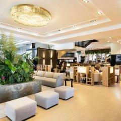 Отель Meliá Barajas Испания, Мадрид - отзывы, цены и фото номеров - забронировать отель Meliá Barajas онлайн гостиничный бар