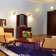 Гостиница «Чеботаревъ» в Сочи - забронировать гостиницу «Чеботаревъ», цены и фото номеров комната для гостей