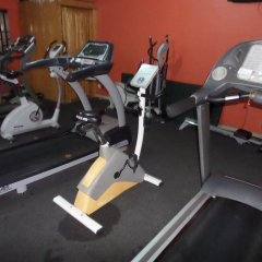 Отель Cynergy Suites Festac Town фитнесс-зал