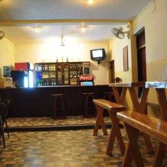 Отель Milano Tourist Rest Анурадхапура гостиничный бар