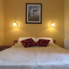 Отель Noclegi Apro сейф в номере