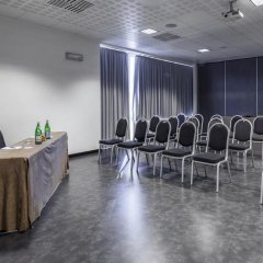 Отель NH Milano Concordia