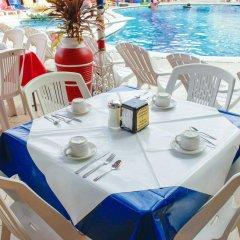 Sands Acapulco Hotel & Bungalows питание фото 2