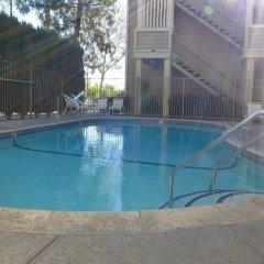 Отель Good Nite Inn Sylmar США, Лос-Анджелес - отзывы, цены и фото номеров - забронировать отель Good Nite Inn Sylmar онлайн бассейн фото 2