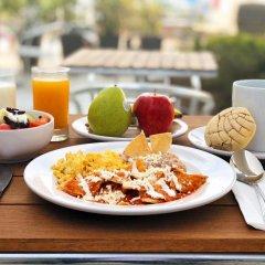 Отель Holiday Inn Express Guadalajara Iteso питание фото 2