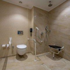 DoubleTree by Hilton Gaziantep Турция, Газиантеп - отзывы, цены и фото номеров - забронировать отель DoubleTree by Hilton Gaziantep онлайн ванная фото 2