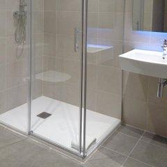 Отель Hostal Plaza Goya Bcn Барселона ванная