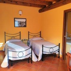 Отель Corte Certosina Треццано-суль-Навиглио бассейн