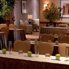 Отель Embassy Suites Fort Worth - Downtown