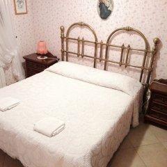 Отель Il Vascello Кастель-Сан-Пьетро-Романо комната для гостей фото 2