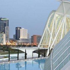Отель ILUNION Aqua 3 Испания, Валенсия - 1 отзыв об отеле, цены и фото номеров - забронировать отель ILUNION Aqua 3 онлайн бассейн фото 3