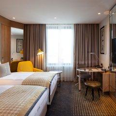 Отель TITANIC Chaussee Berlin комната для гостей фото 2