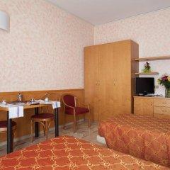 Отель IH Hotels Milano ApartHotel Argonne Park Италия, Милан - 2 отзыва об отеле, цены и фото номеров - забронировать отель IH Hotels Milano ApartHotel Argonne Park онлайн комната для гостей фото 4