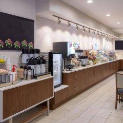 Отель Holiday Inn Express - New York City Chelsea питание фото 3