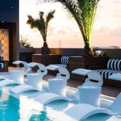 Отель Marquee Playa Hotel Мексика, Плая-дель-Кармен - отзывы, цены и фото номеров - забронировать отель Marquee Playa Hotel онлайн бассейн фото 3