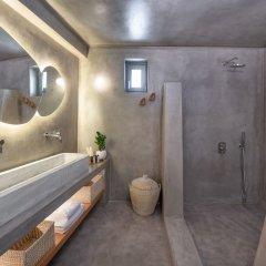 Отель Halcyon Days Suites Греция, Остров Санторини - отзывы, цены и фото номеров - забронировать отель Halcyon Days Suites онлайн ванная