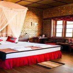 Отель Riverside @ Hsipaw Resort комната для гостей фото 4