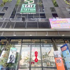 Seatz station Hostel Female only Бангкок банкомат