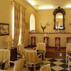 Отель Cavalieri Hotel Греция, Корфу - 1 отзыв об отеле, цены и фото номеров - забронировать отель Cavalieri Hotel онлайн гостиничный бар