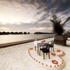 Отель Adaaran Prestige Vadoo пляж фото 2