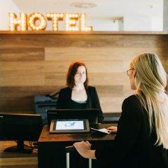 Отель Dear Hotel Madrid Испания, Мадрид - 1 отзыв об отеле, цены и фото номеров - забронировать отель Dear Hotel Madrid онлайн интерьер отеля фото 3