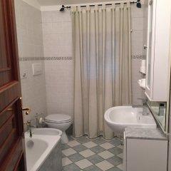 Отель VillaGiò B&B Италия, Фраскати - отзывы, цены и фото номеров - забронировать отель VillaGiò B&B онлайн ванная фото 2