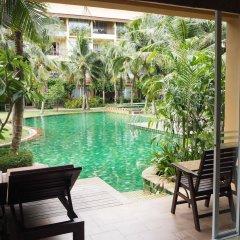 Отель Villa Thongbura бассейн