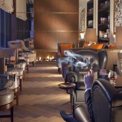 Отель Royal Savoy Lausanne гостиничный бар