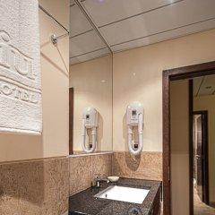 iu Hotel Sumbe ванная