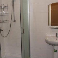 Гостиница на Волне в Иркутске 2 отзыва об отеле, цены и фото номеров - забронировать гостиницу на Волне онлайн Иркутск ванная