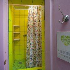 Гостиница Друзья на Грибоедова ванная