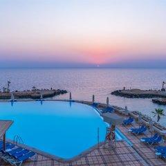 Отель Albatros Citadel Resort Египет, Хургада - 2 отзыва об отеле, цены и фото номеров - забронировать отель Albatros Citadel Resort онлайн бассейн