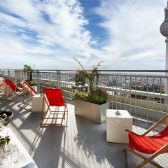Отель Park Inn by Radisson Berlin Alexanderplatz балкон